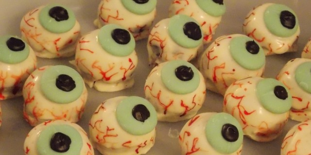 halloween eyeball cake balls - orange chicken 058